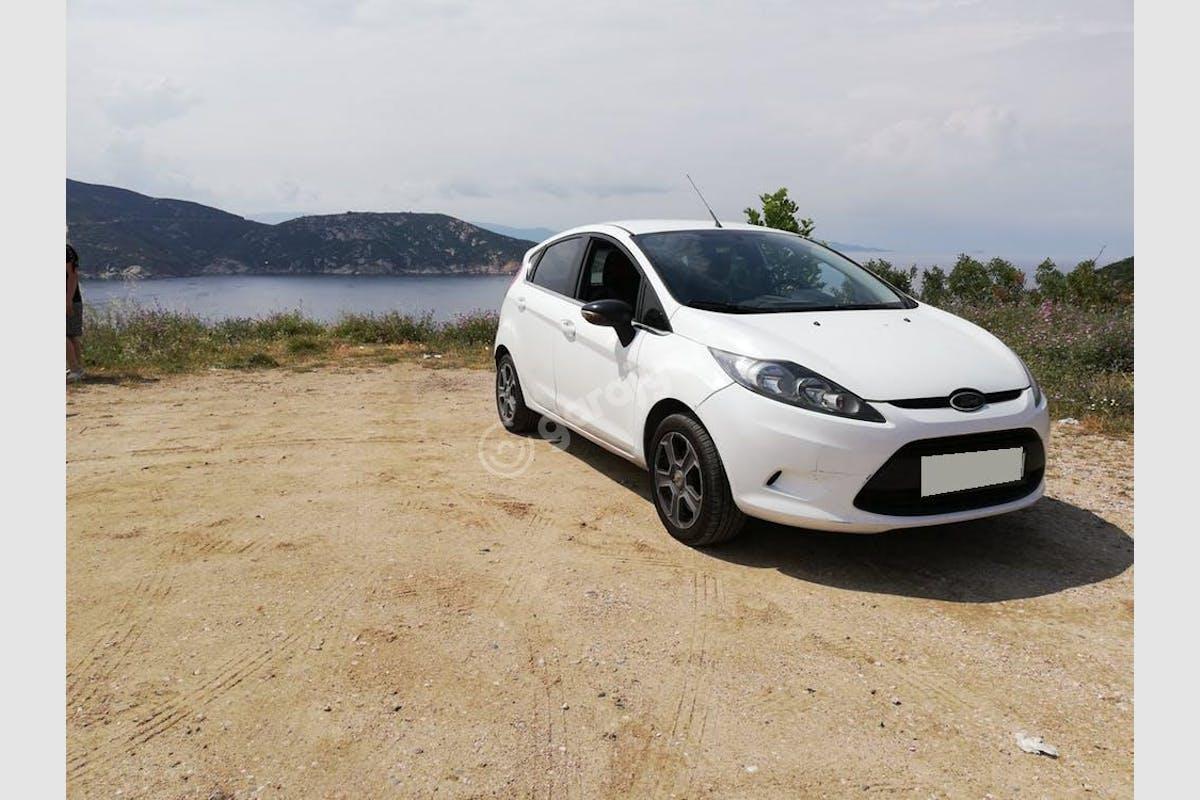 Ford Fiesta Şişli Kiralık Araç 1. Fotoğraf
