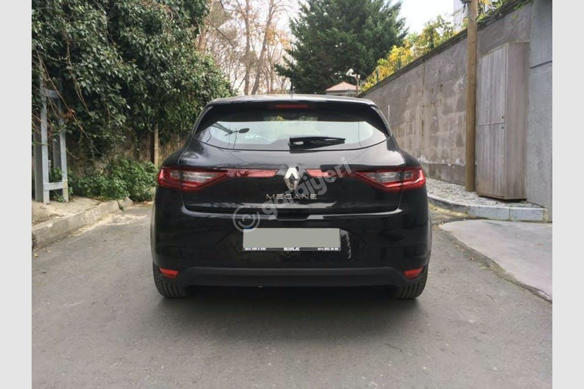 Renault Megane Fatih Kiralık Araç 7. Fotoğraf