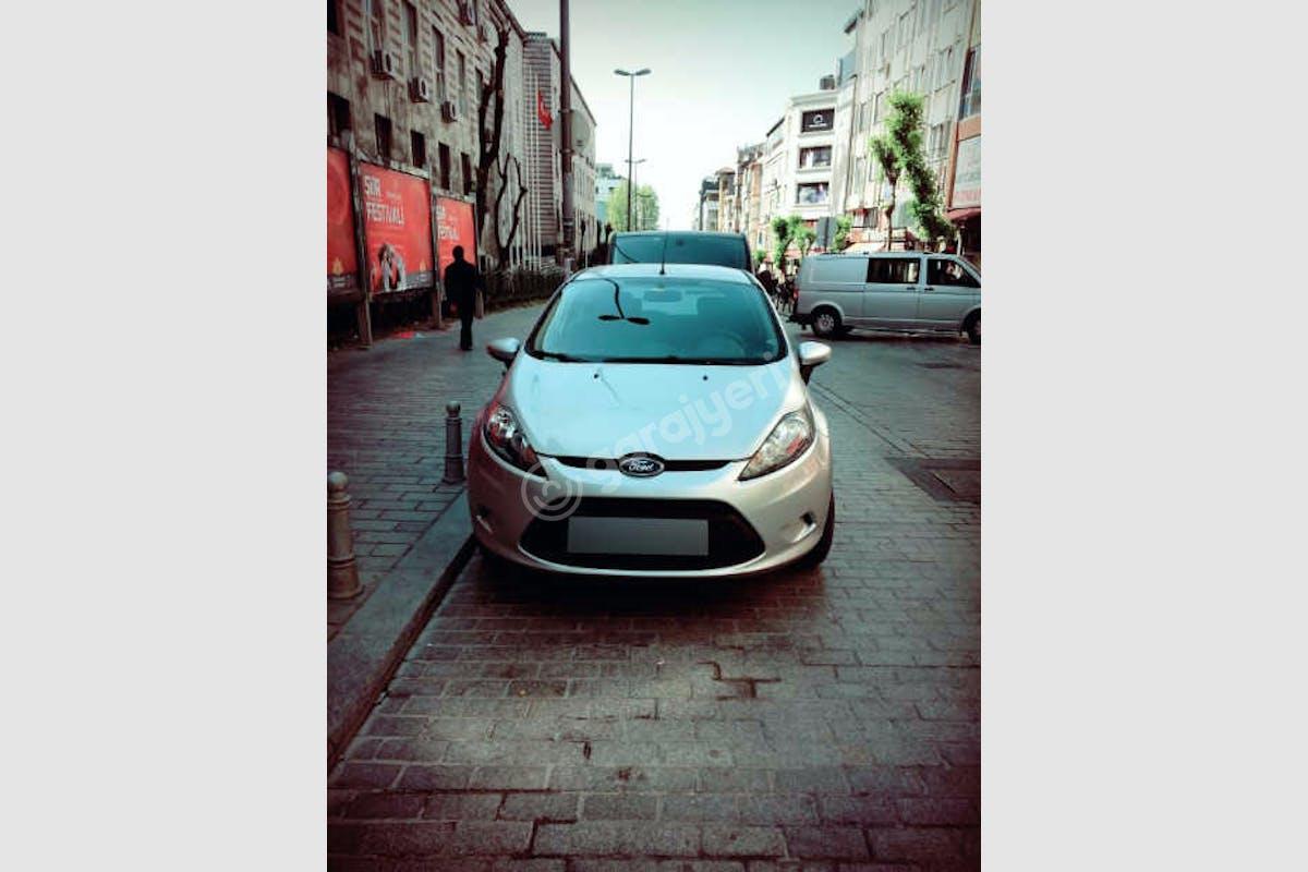 Ford Fiesta Fatih Kiralık Araç 2. Fotoğraf