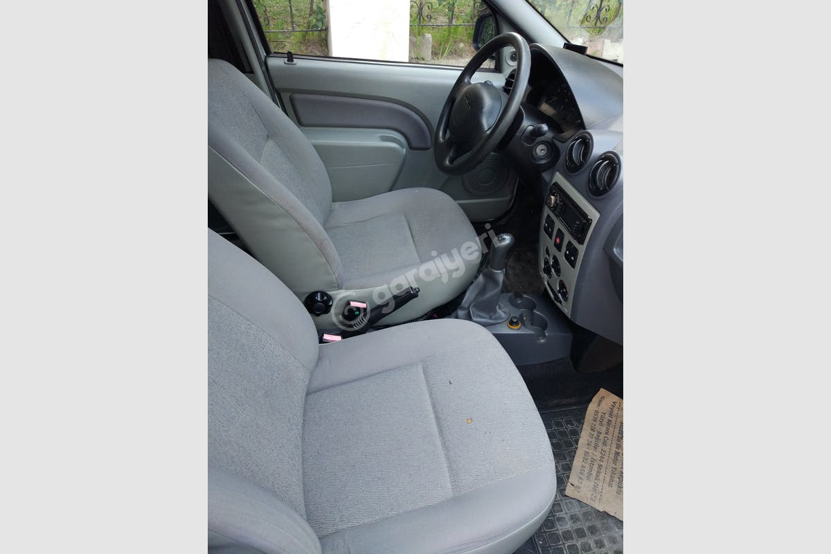 Dacia Logan MCV Bağcılar Kiralık Araç 7. Fotoğraf
