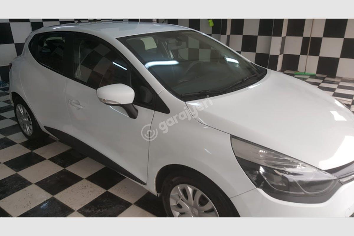 Renault Clio Gaziosmanpaşa Kiralık Araç 8. Fotoğraf