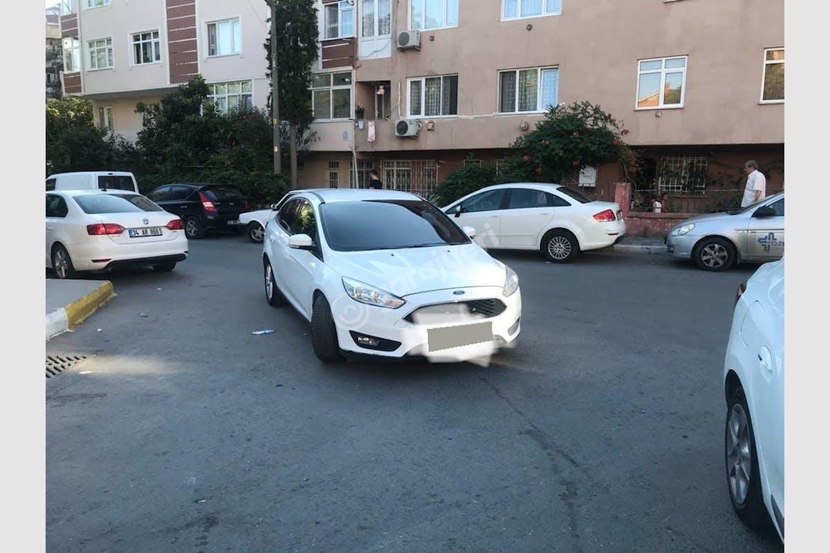 Ford Focus Gaziosmanpaşa Kiralık Araç 1. Fotoğraf