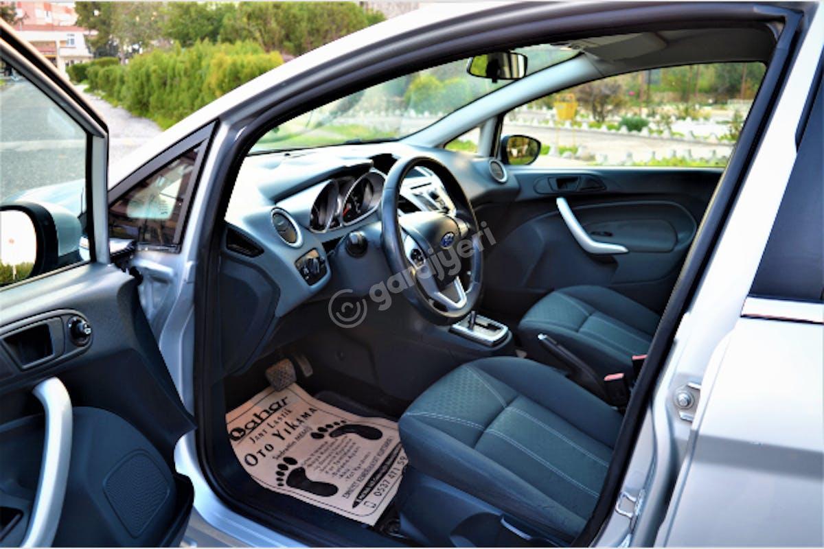 Ford Fiesta Mut Kiralık Araç 7. Fotoğraf