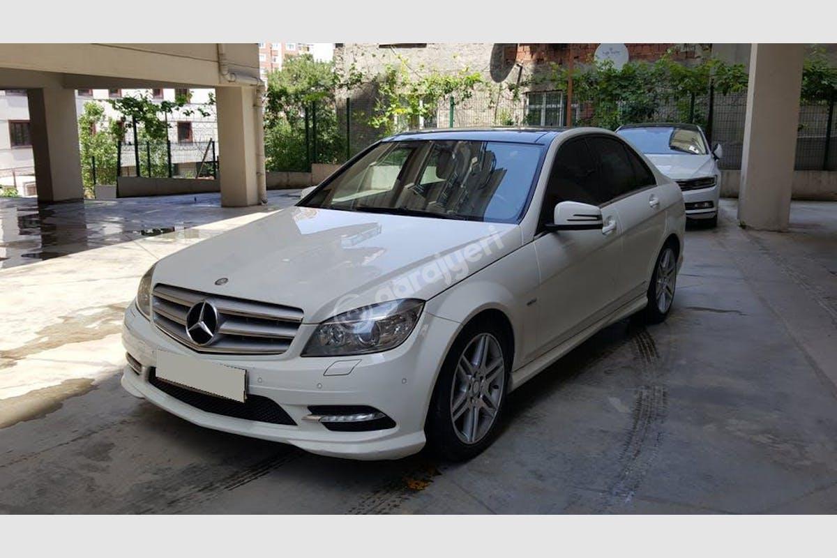 Mercedes - Benz C Kadıköy Kiralık Araç 4. Fotoğraf