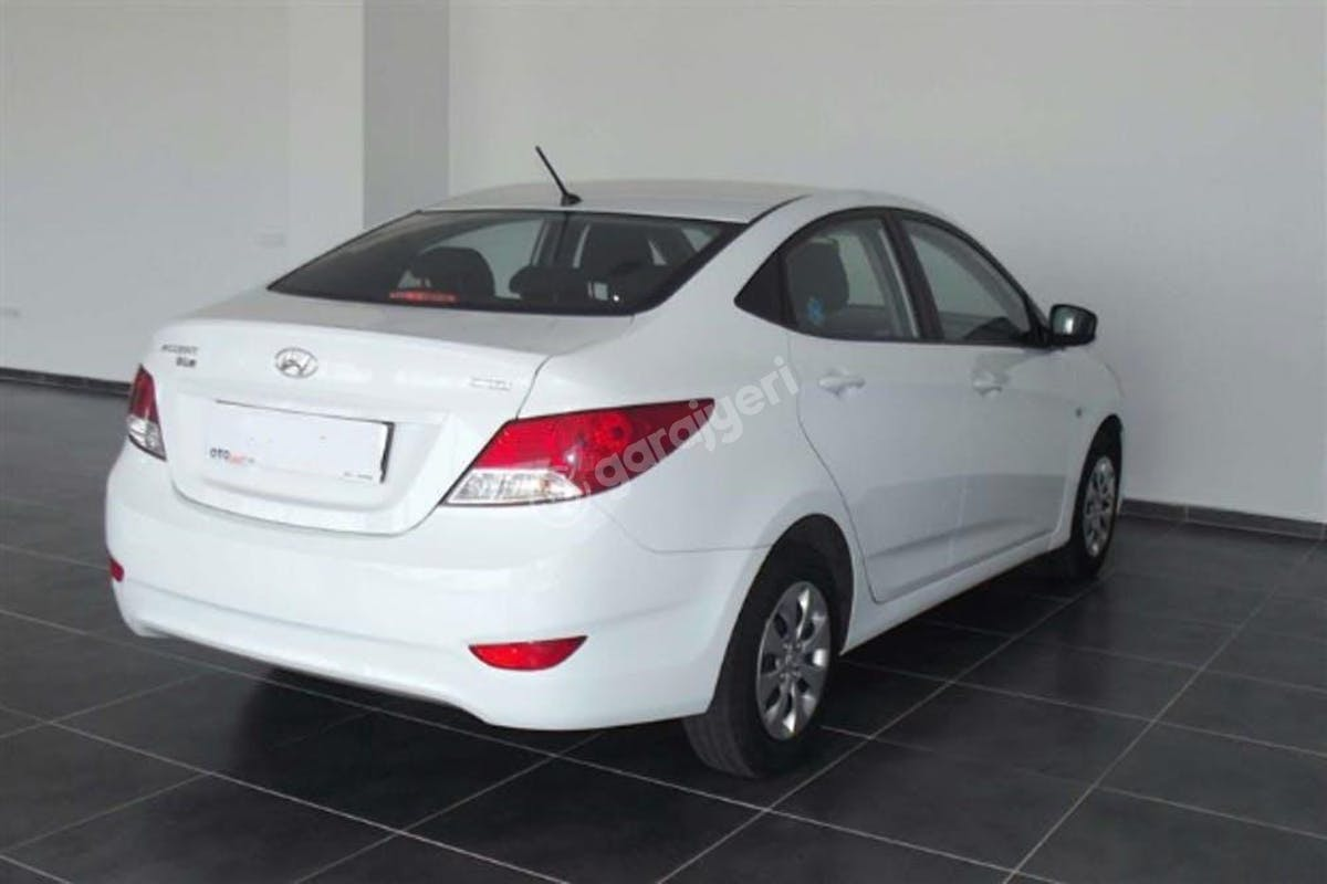 Hyundai Accent Blue Beylikdüzü Kiralık Araç 2. Fotoğraf