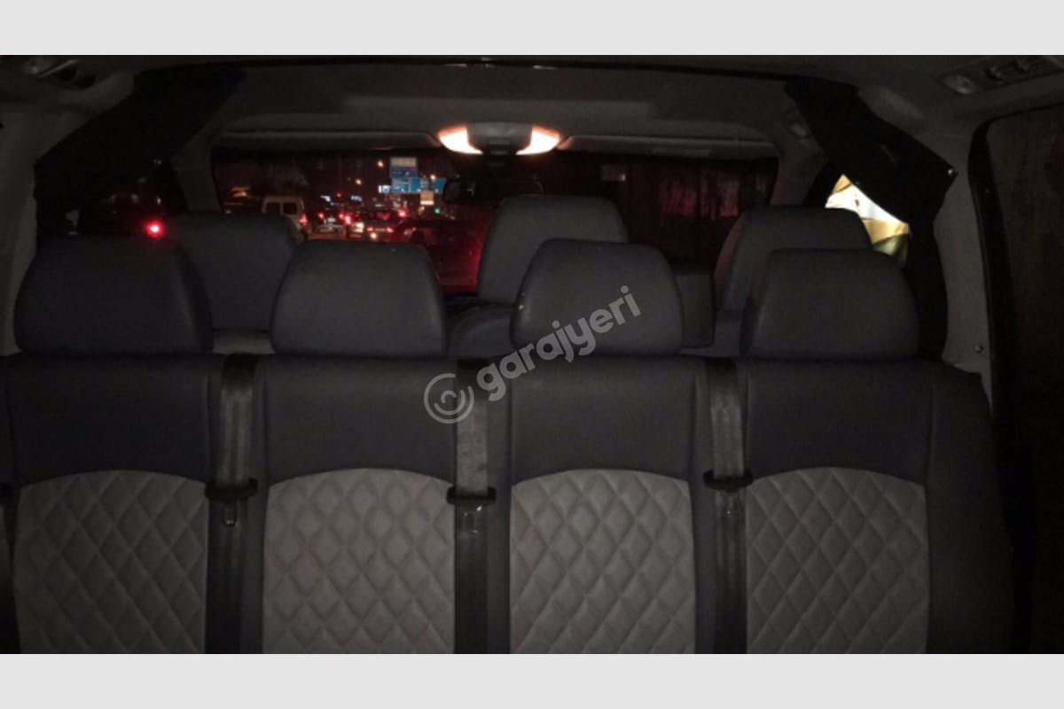 Mercedes - Benz Viano Ortahisar Kiralık Araç 3. Fotoğraf