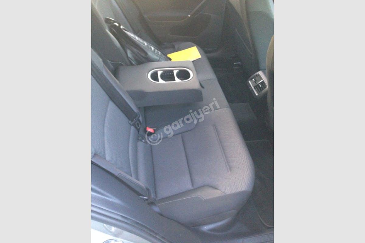 Volkswagen Golf Zeytinburnu Kiralık Araç 3. Fotoğraf