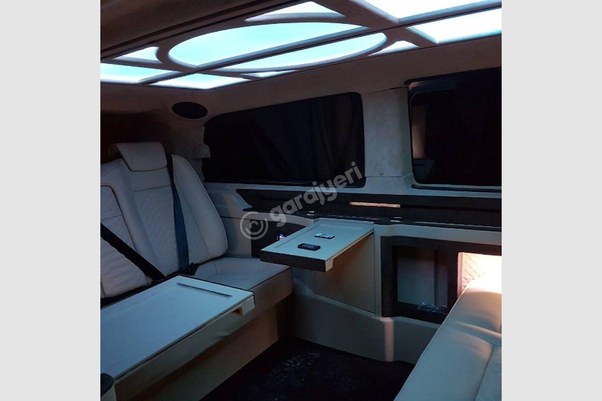 Mercedes - Benz Vito Kağıthane Kiralık Araç 3. Fotoğraf