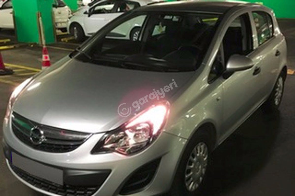 Opel Corsa Pendik Kiralık Araç 1. Fotoğraf