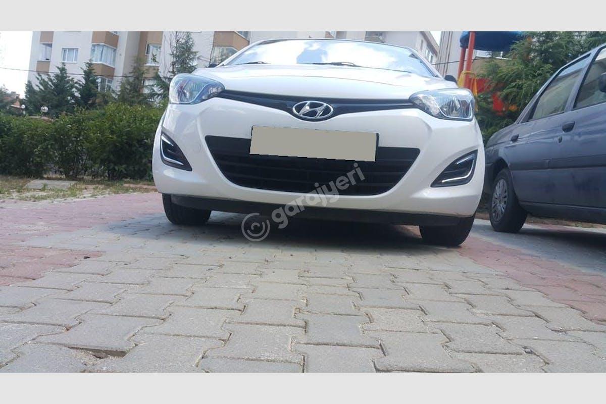 Hyundai i20 Ümraniye Kiralık Araç 3. Fotoğraf