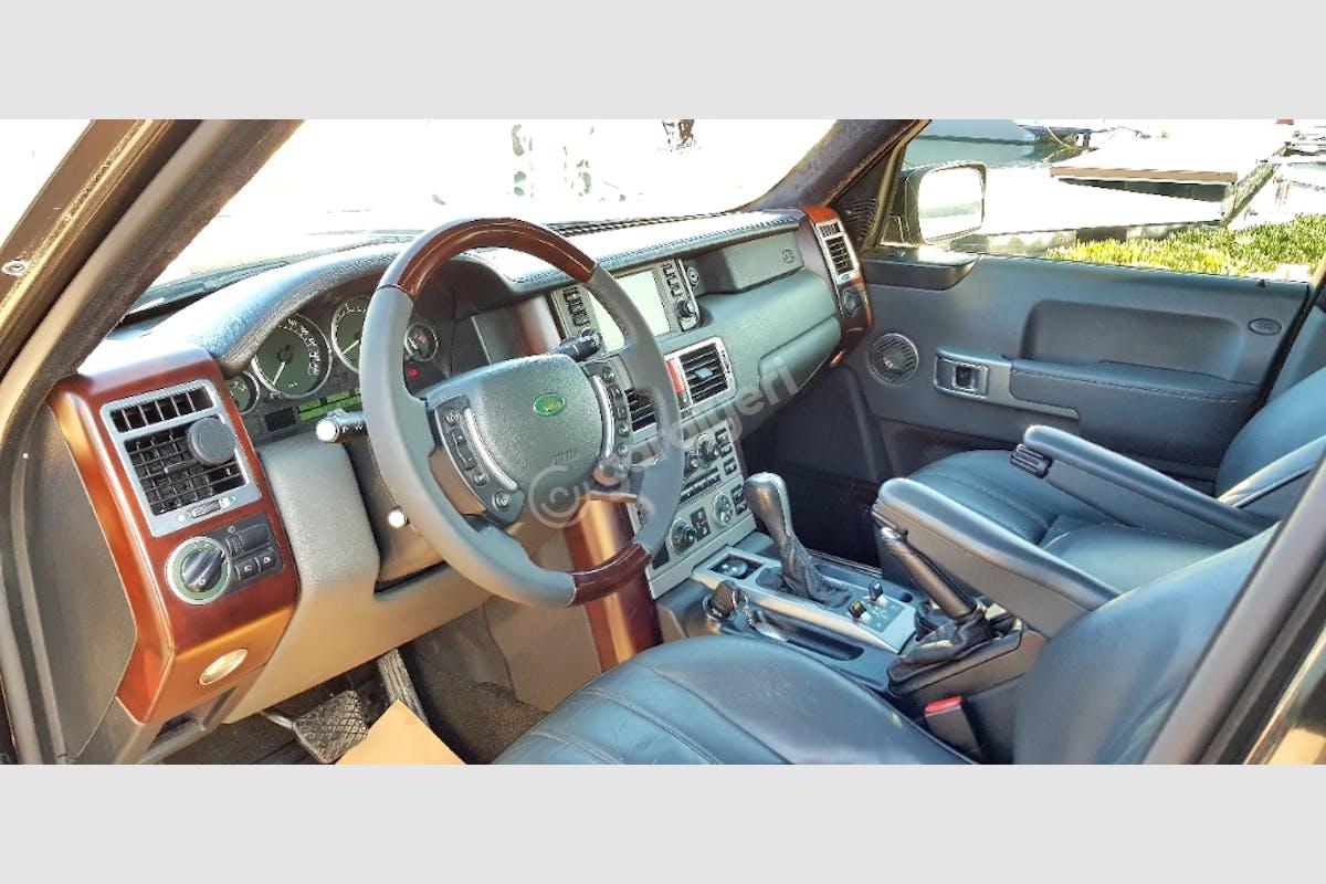 Land Rover Range Rover Tuzla Kiralık Araç 3. Fotoğraf