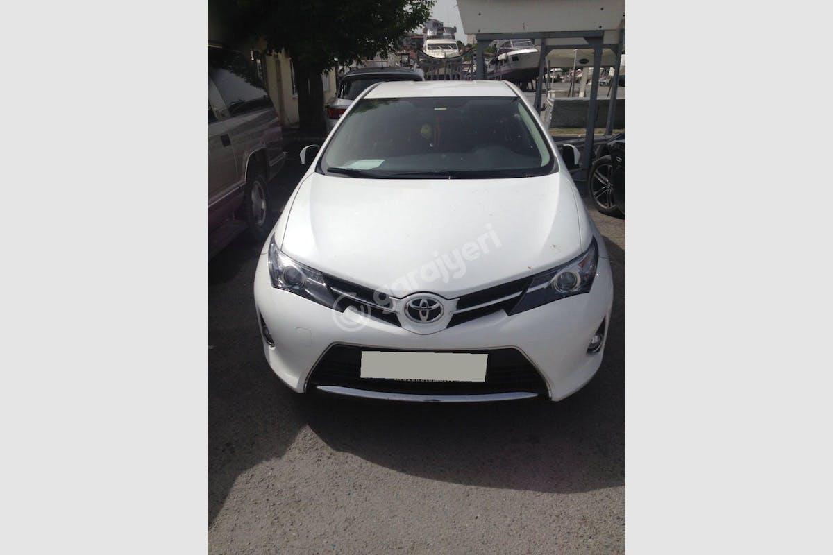 Toyota Auris Üsküdar Kiralık Araç 1. Fotoğraf