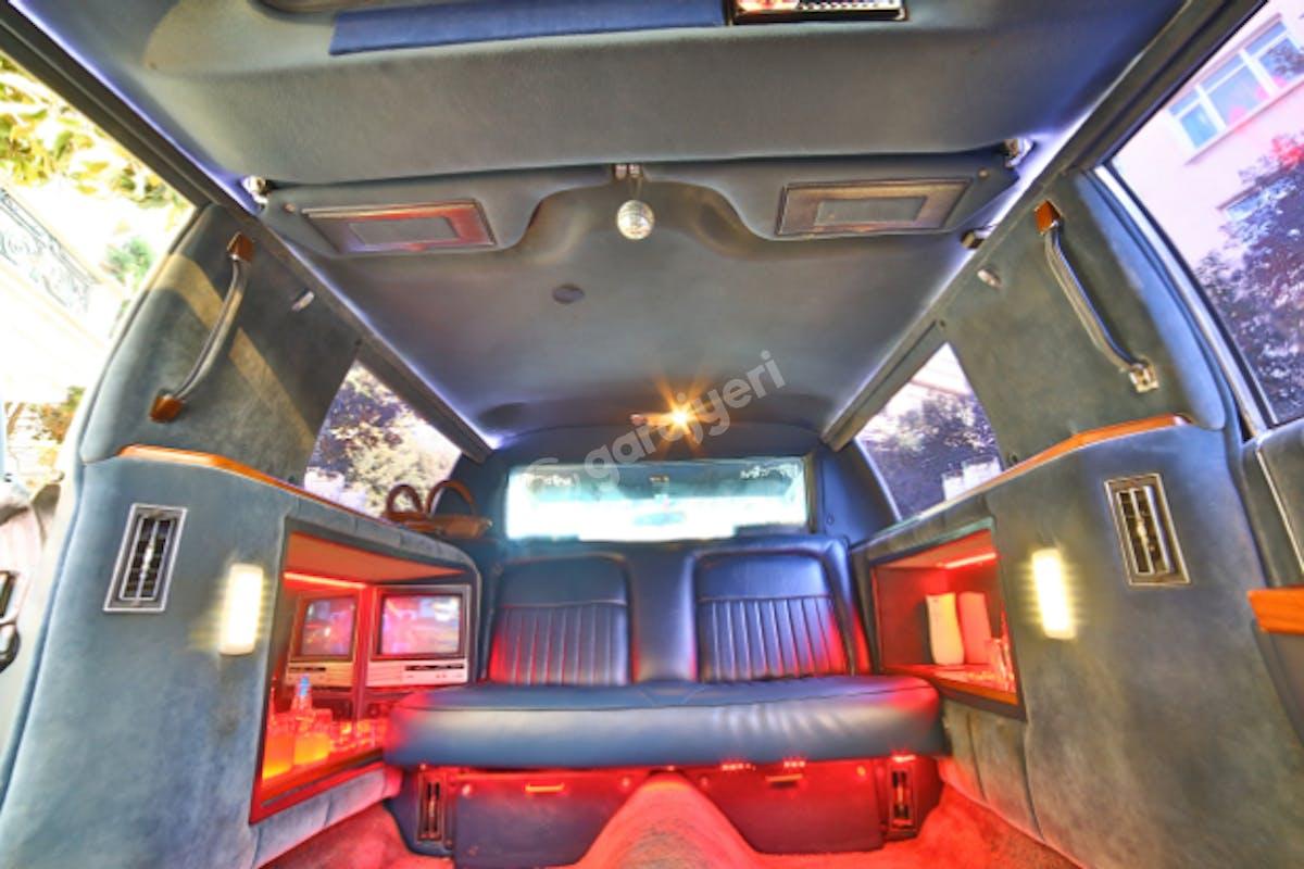 Cadillac STS Fatih Kiralık Araç 7. Fotoğraf