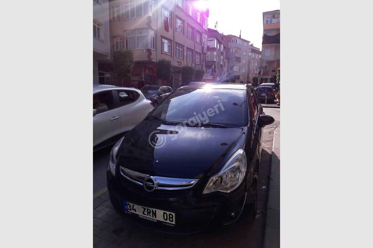 Opel Corsa Küçükçekmece Kiralık Araç 1. Fotoğraf