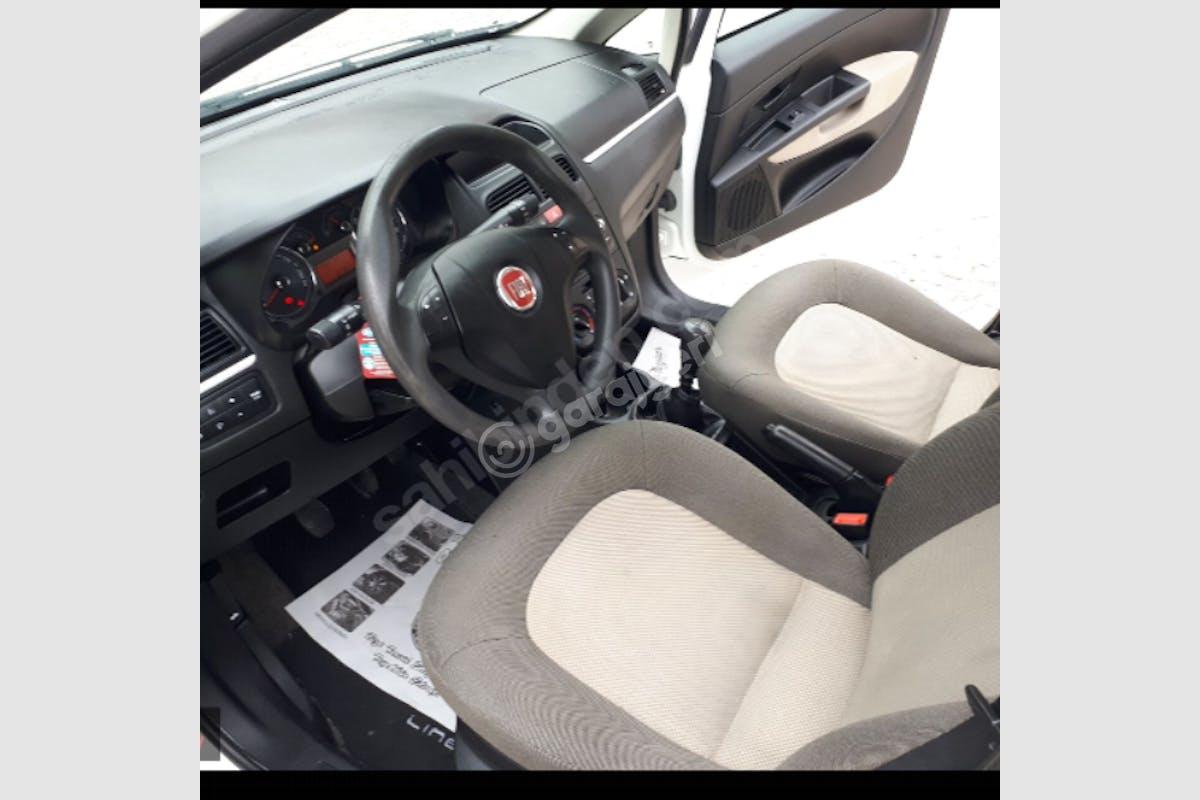 Fiat Linea Çekmeköy Kiralık Araç 3. Fotoğraf