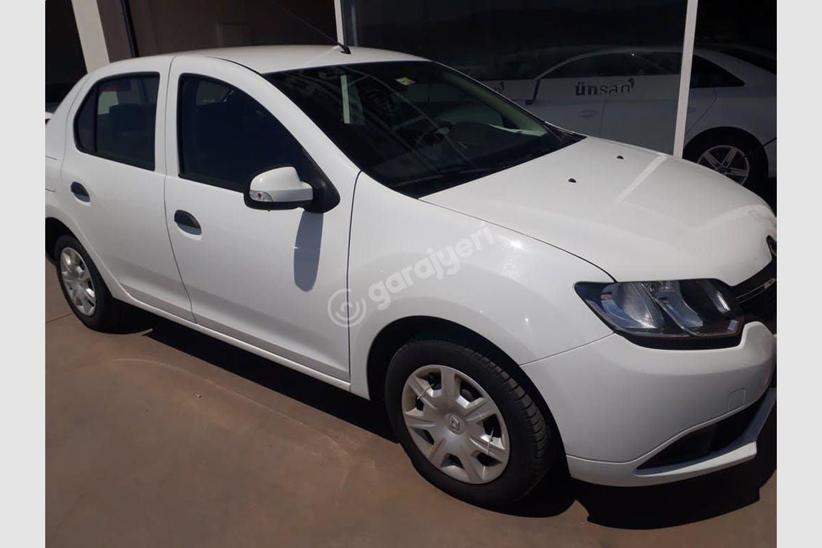 Renault Symbol Konak Kiralık Araç 1. Fotoğraf