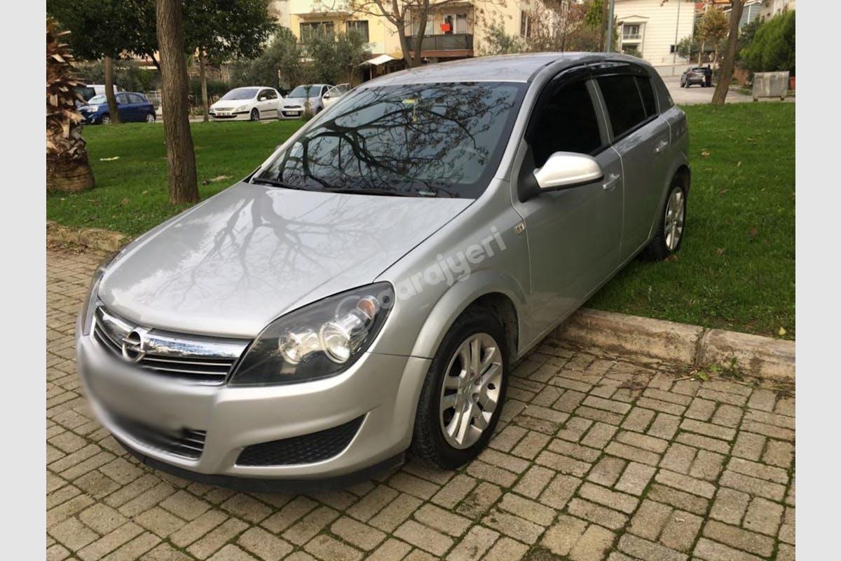 Opel Astra Sancaktepe Kiralık Araç 4. Fotoğraf