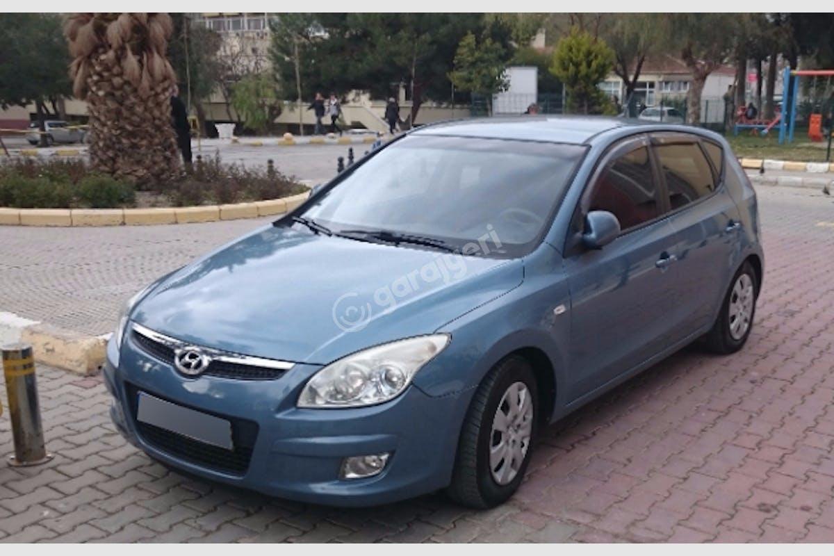 Hyundai i30 Bornova Kiralık Araç 1. Fotoğraf
