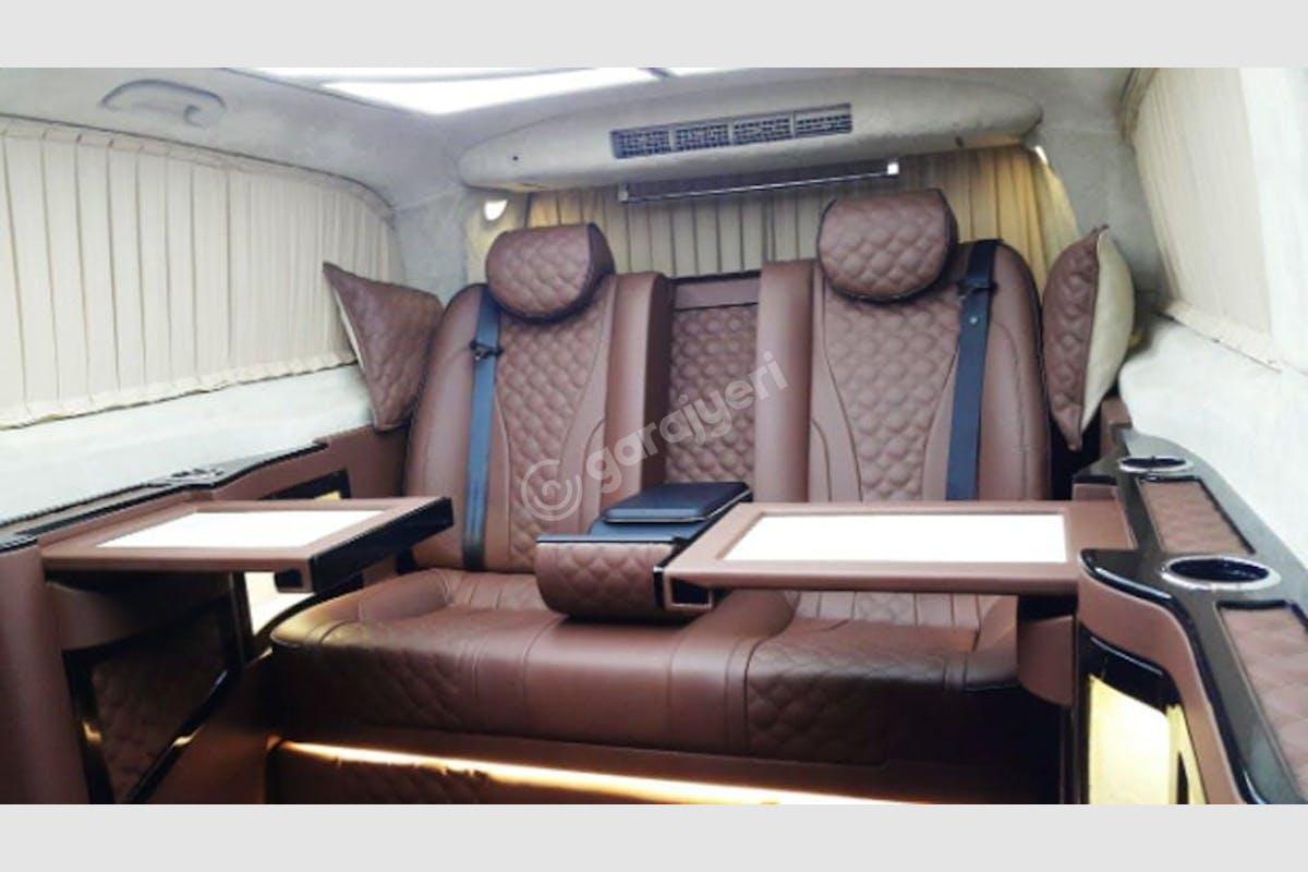 Mercedes - Benz Vito Küçükçekmece Kiralık Araç 6. Fotoğraf