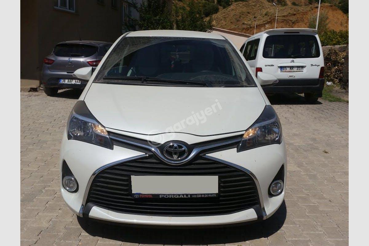 Toyota Yaris Merkez Kiralık Araç 1. Fotoğraf
