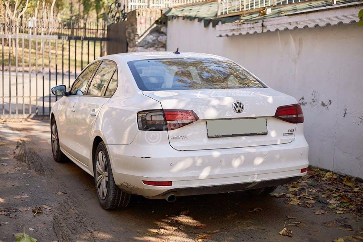 Volkswagen Jetta Sarıyer Kiralık Araç 5. Fotoğraf
