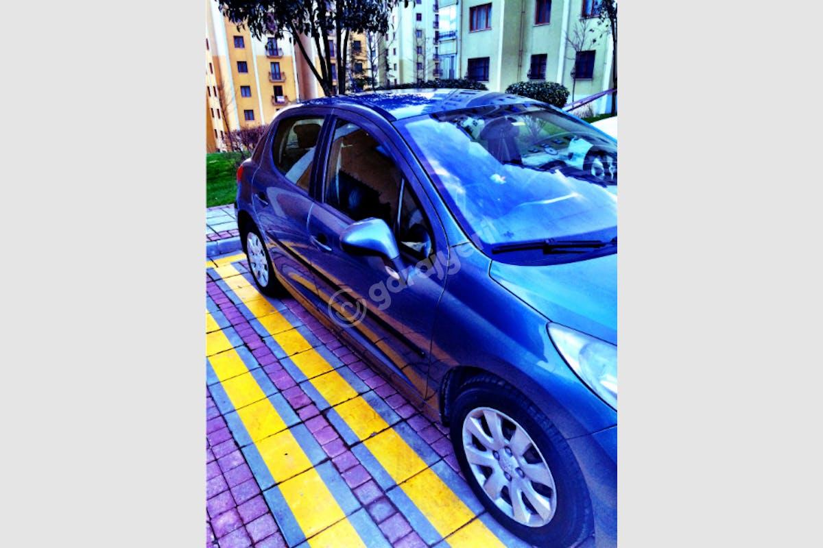Peugeot 207 Şişli Kiralık Araç 3. Fotoğraf