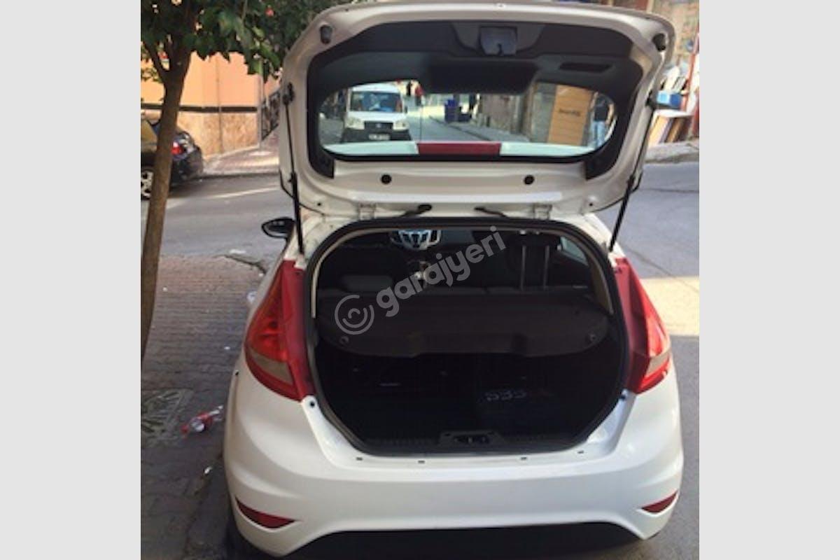 Ford Fiesta Bayrampaşa Kiralık Araç 6. Fotoğraf