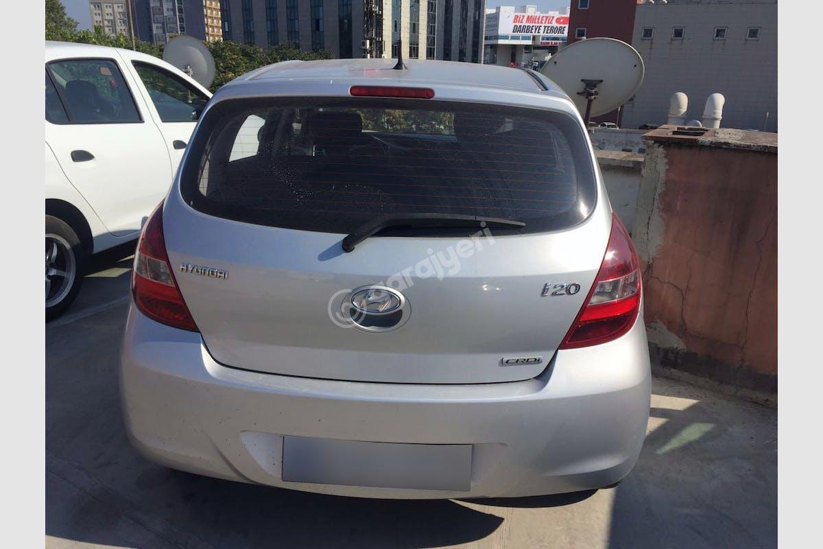 Hyundai i20 Eyüp Kiralık Araç 5. Fotoğraf