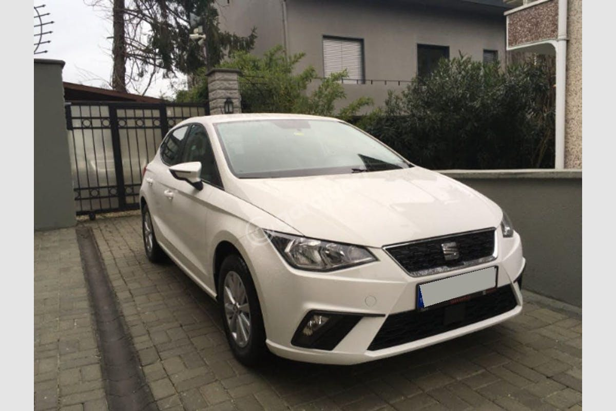 Seat Ibiza Sarıyer Kiralık Araç 3. Fotoğraf