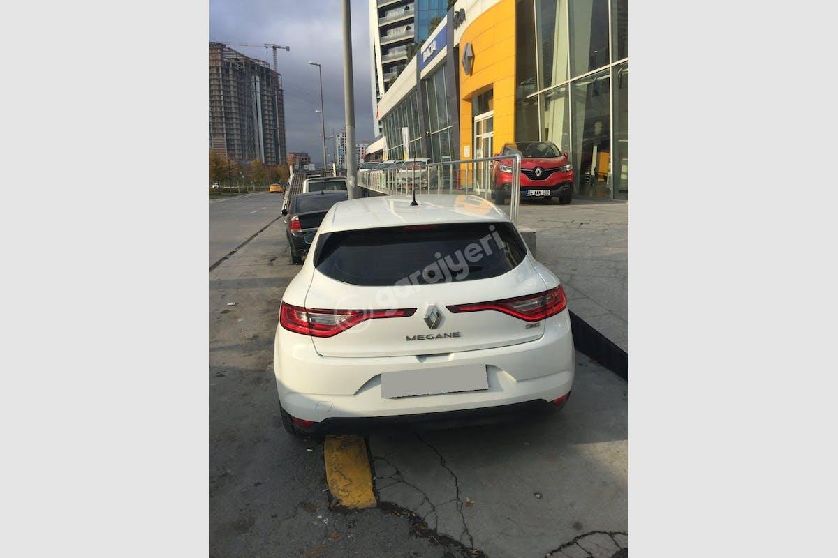 Renault Megane Avcılar Kiralık Araç 2. Fotoğraf
