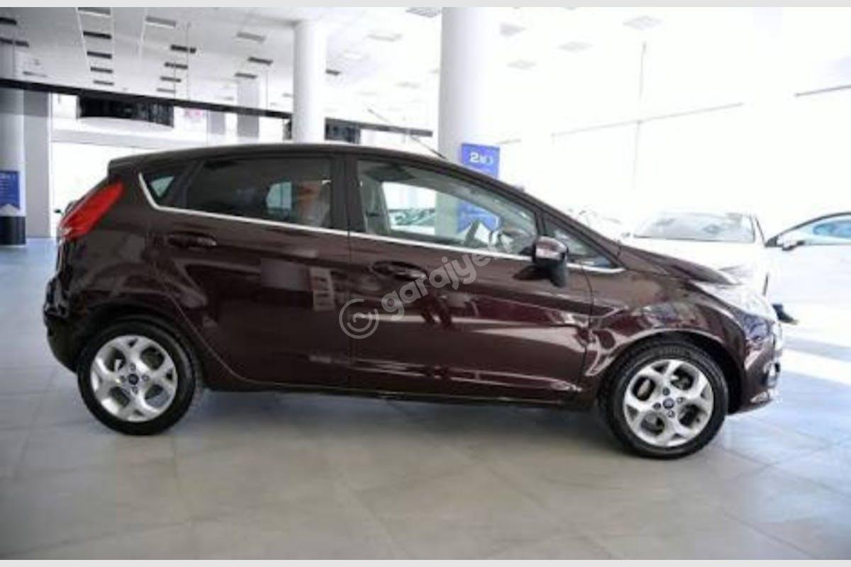 Ford Fiesta Zeytinburnu Kiralık Araç 9. Fotoğraf