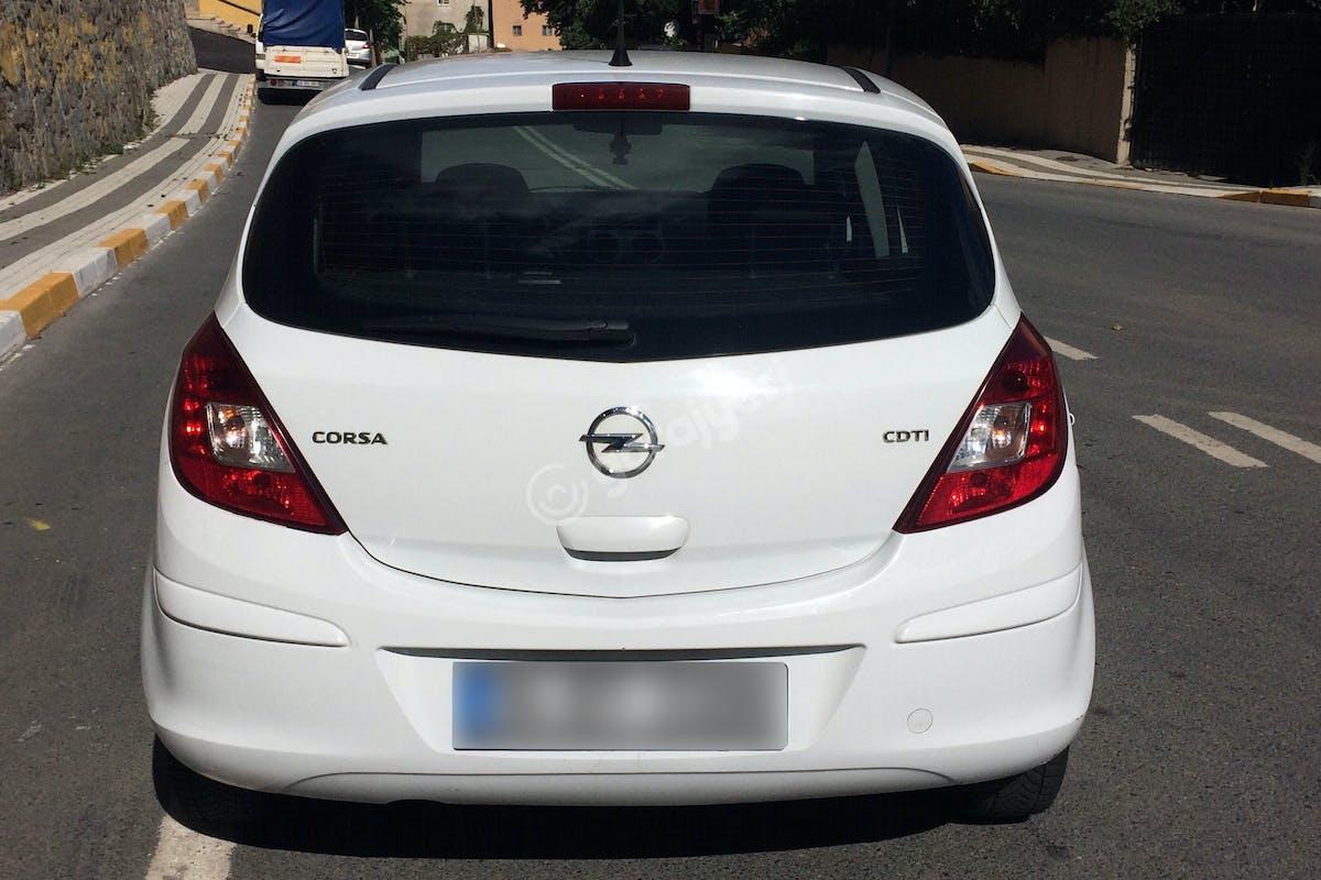 Opel Corsa Üsküdar Kiralık Araç 5. Fotoğraf