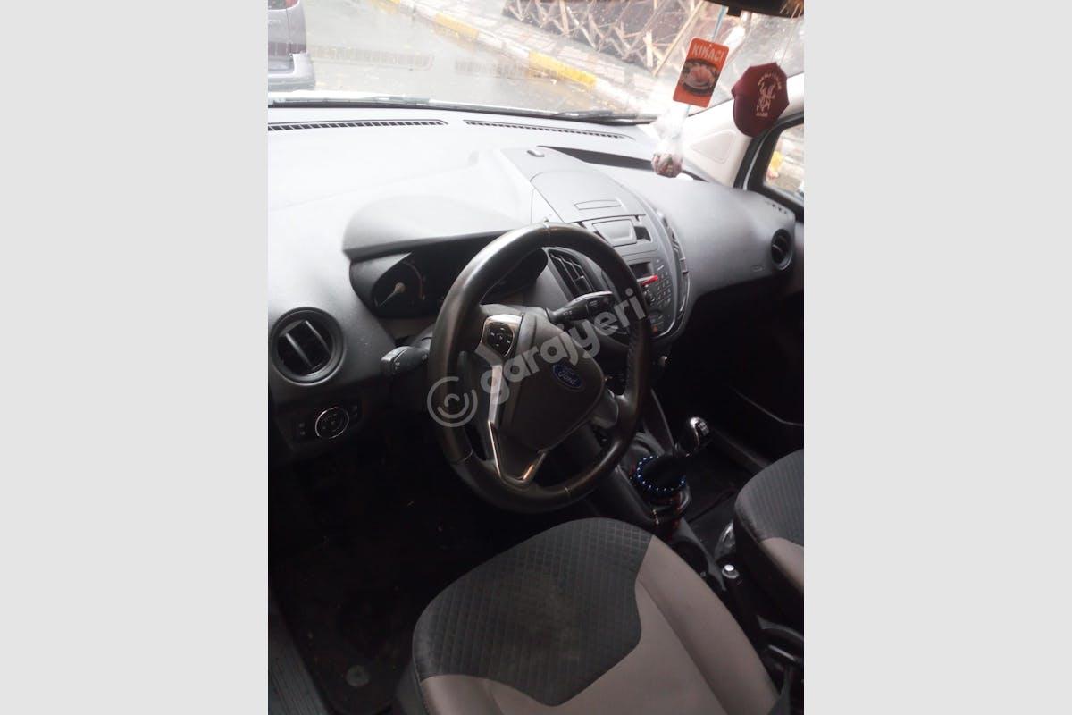Ford Courier Bağcılar Kiralık Araç 9. Fotoğraf