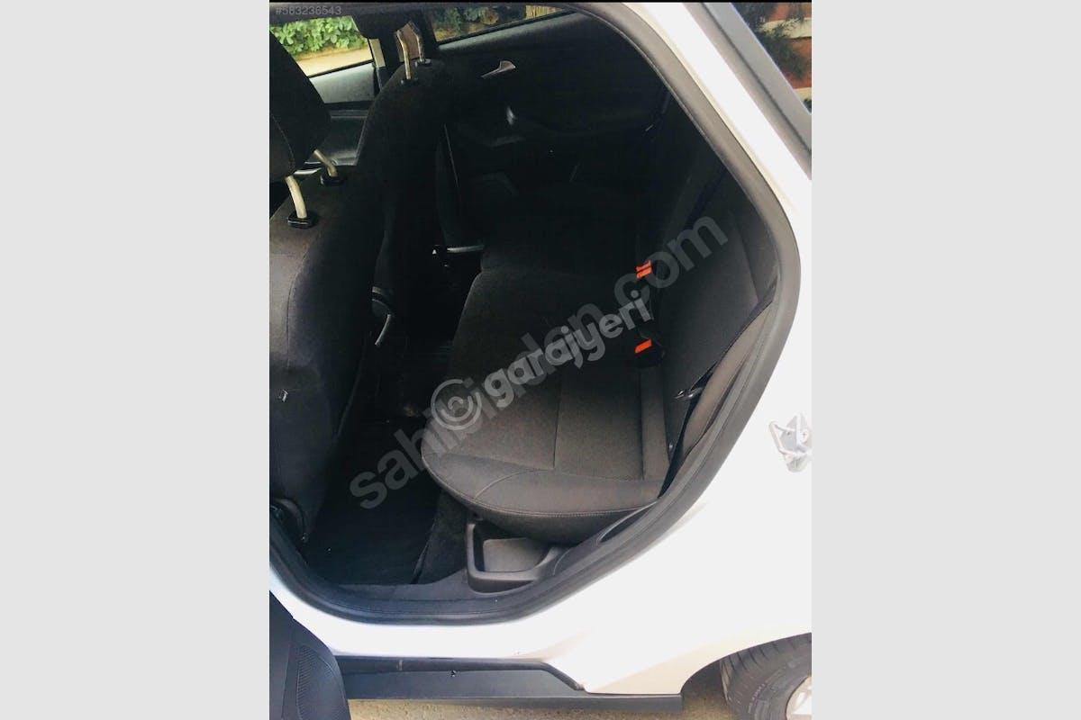 Ford Focus Buca Kiralık Araç 5. Fotoğraf