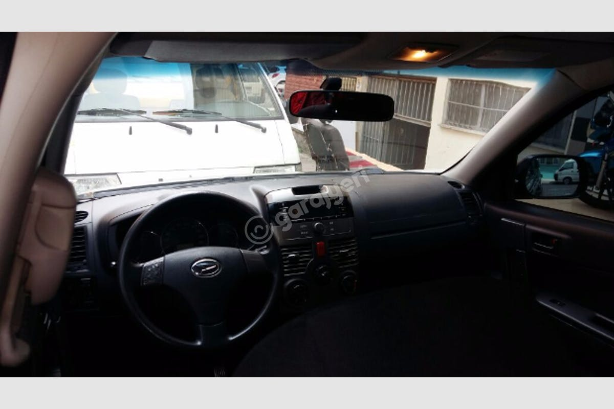 Daihatsu Terios Bahçelievler Kiralık Araç 3. Fotoğraf