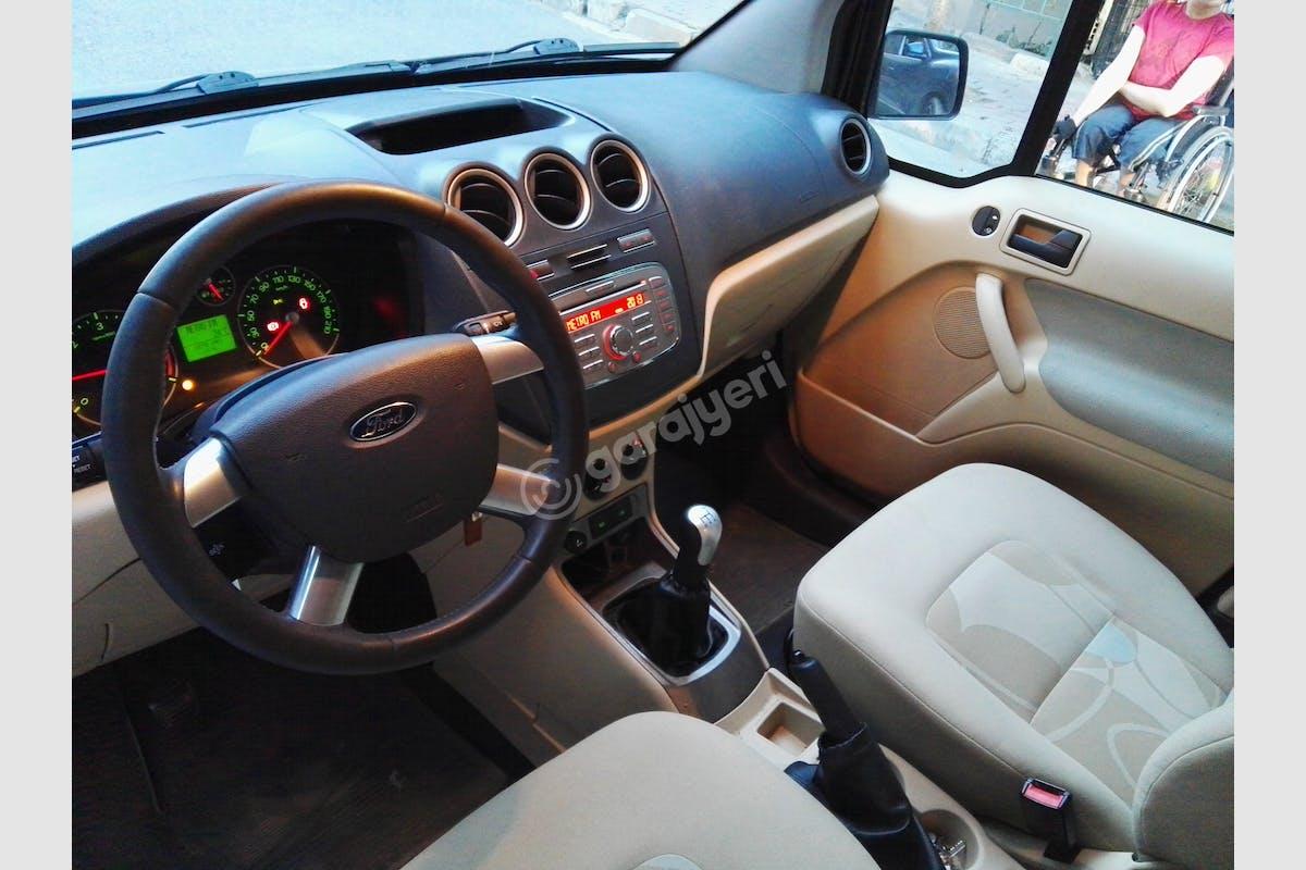 Ford Connect Bağcılar Kiralık Araç 2. Fotoğraf