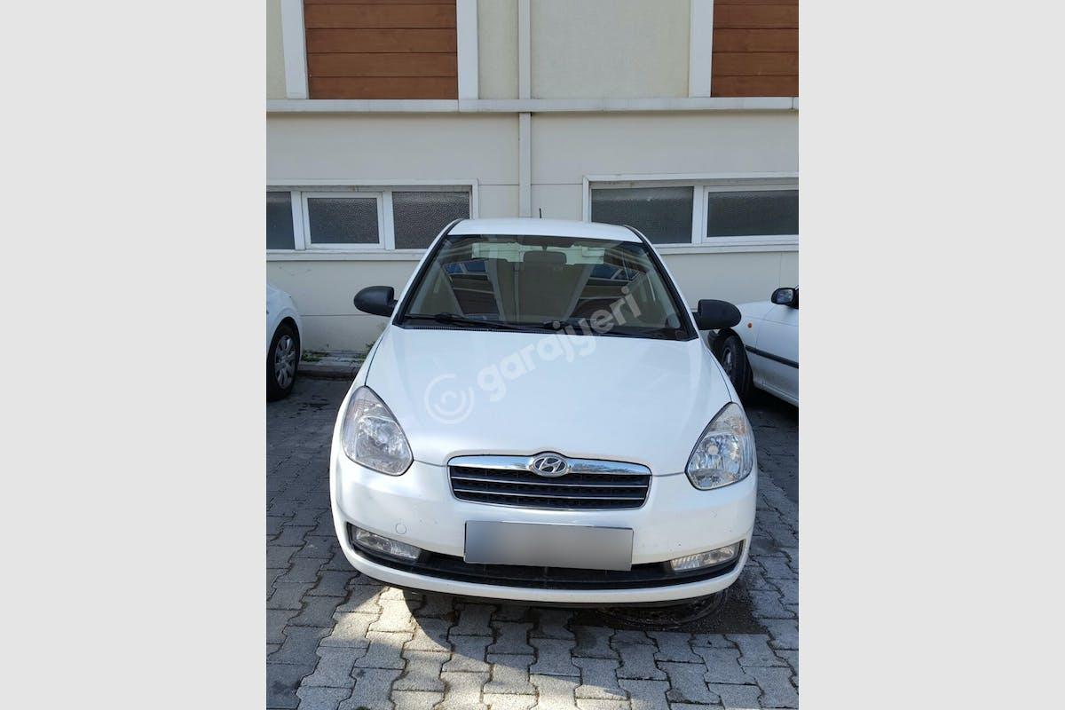 Hyundai Accent Era Ümraniye Kiralık Araç 2. Fotoğraf
