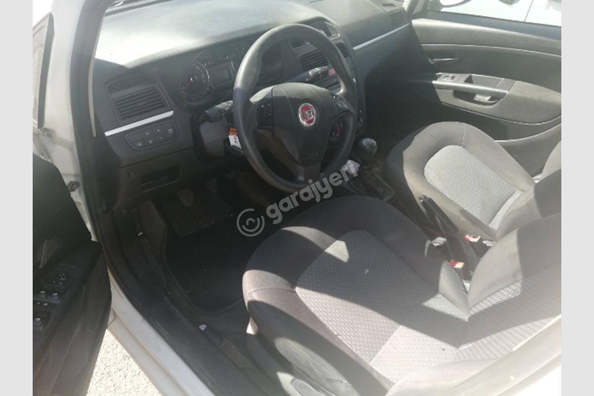 Fiat Linea Bahçelievler Kiralık Araç 3. Fotoğraf