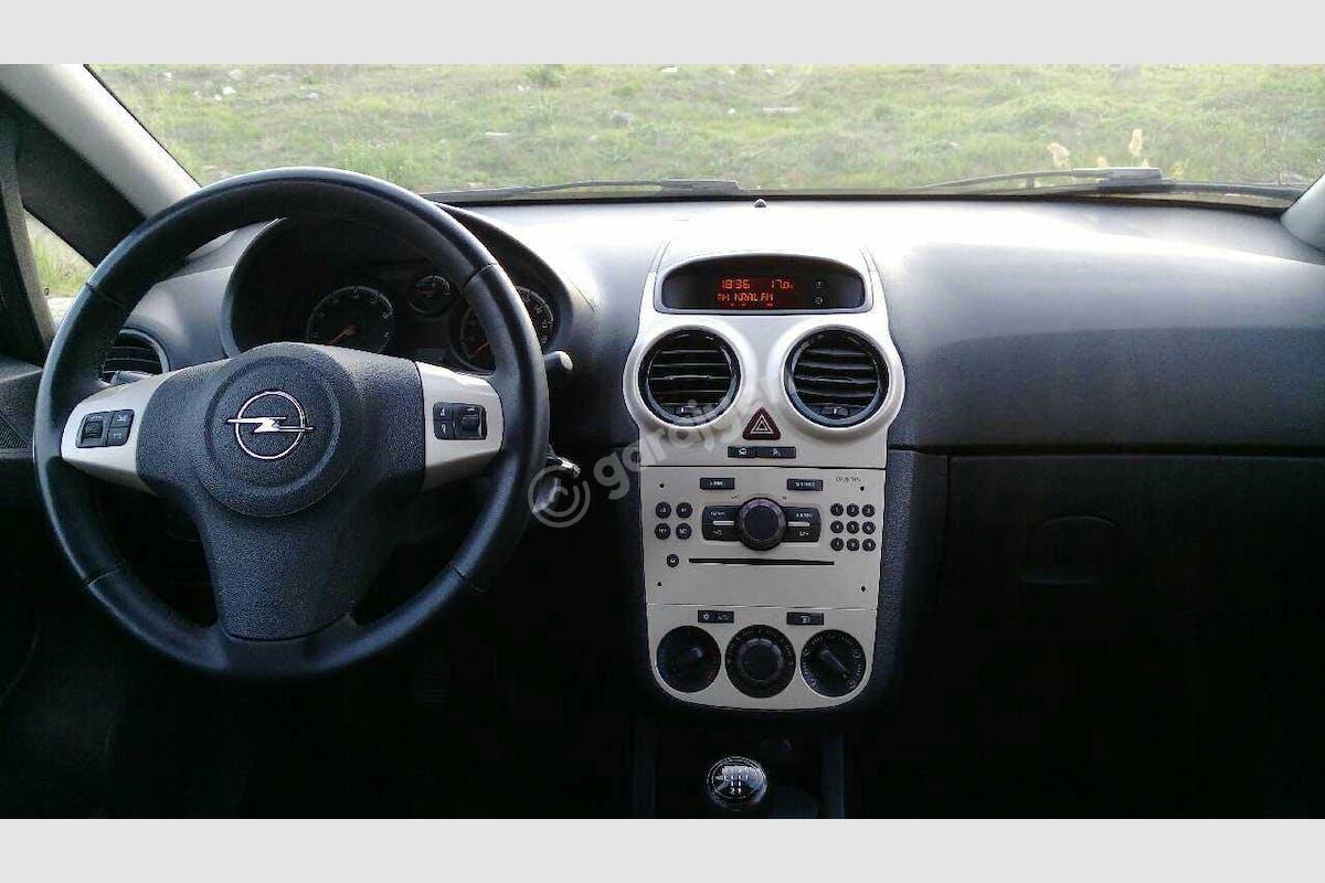 Opel Corsa Süleymanpaşa Kiralık Araç 4. Fotoğraf