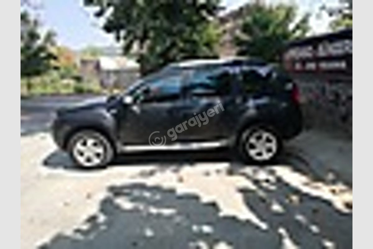 Dacia Duster Beylikdüzü Kiralık Araç 1. Fotoğraf