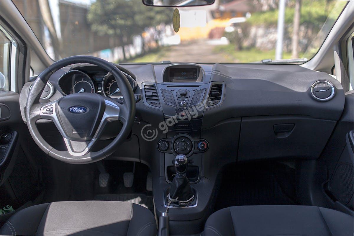 Ford Fiesta Ümraniye Kiralık Araç 7. Fotoğraf