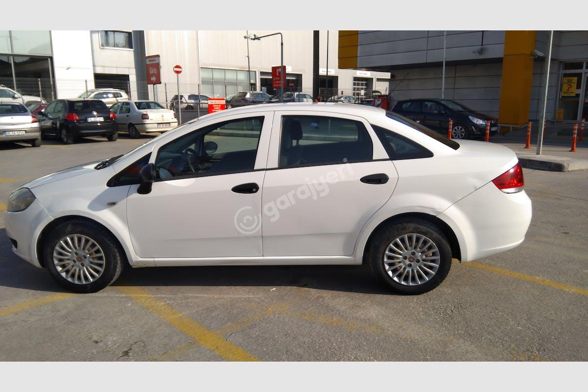 Fiat Linea Konak Kiralık Araç 2. Fotoğraf