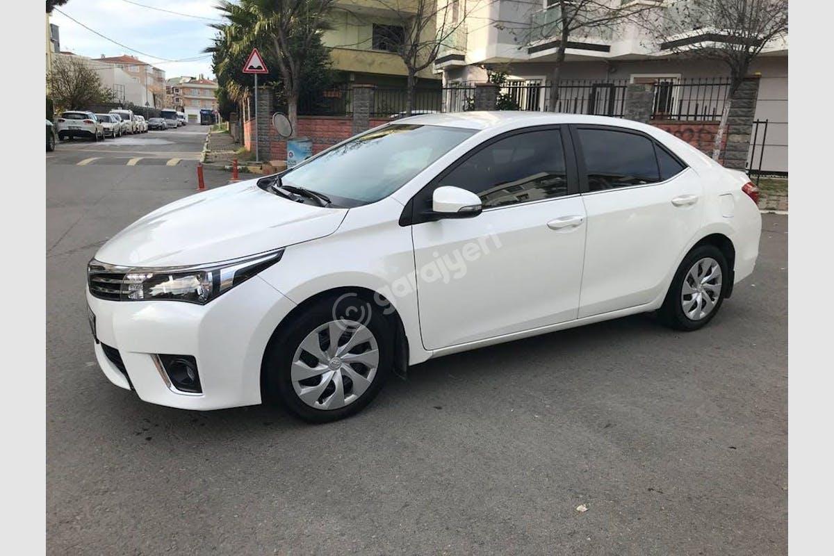Toyota Corolla Kartal Kiralık Araç 2. Fotoğraf