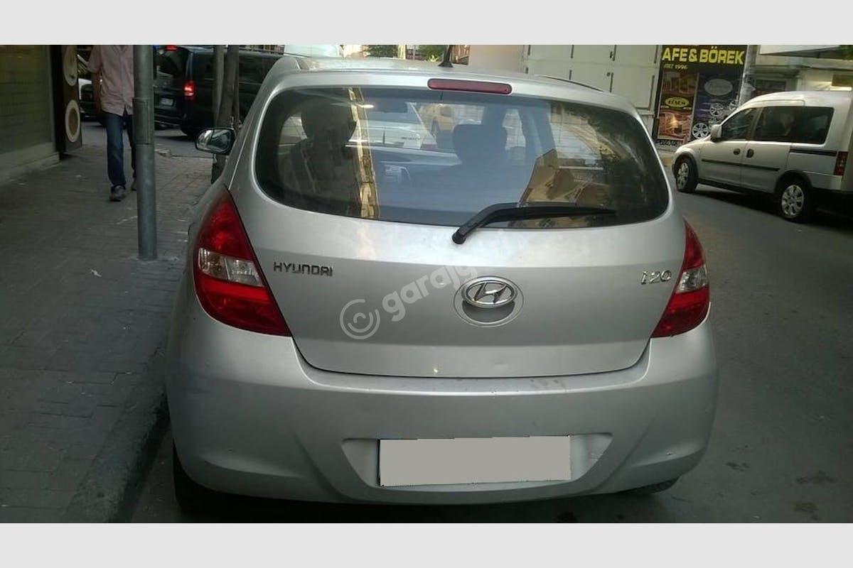 Hyundai i20 Bahçelievler Kiralık Araç 2. Fotoğraf