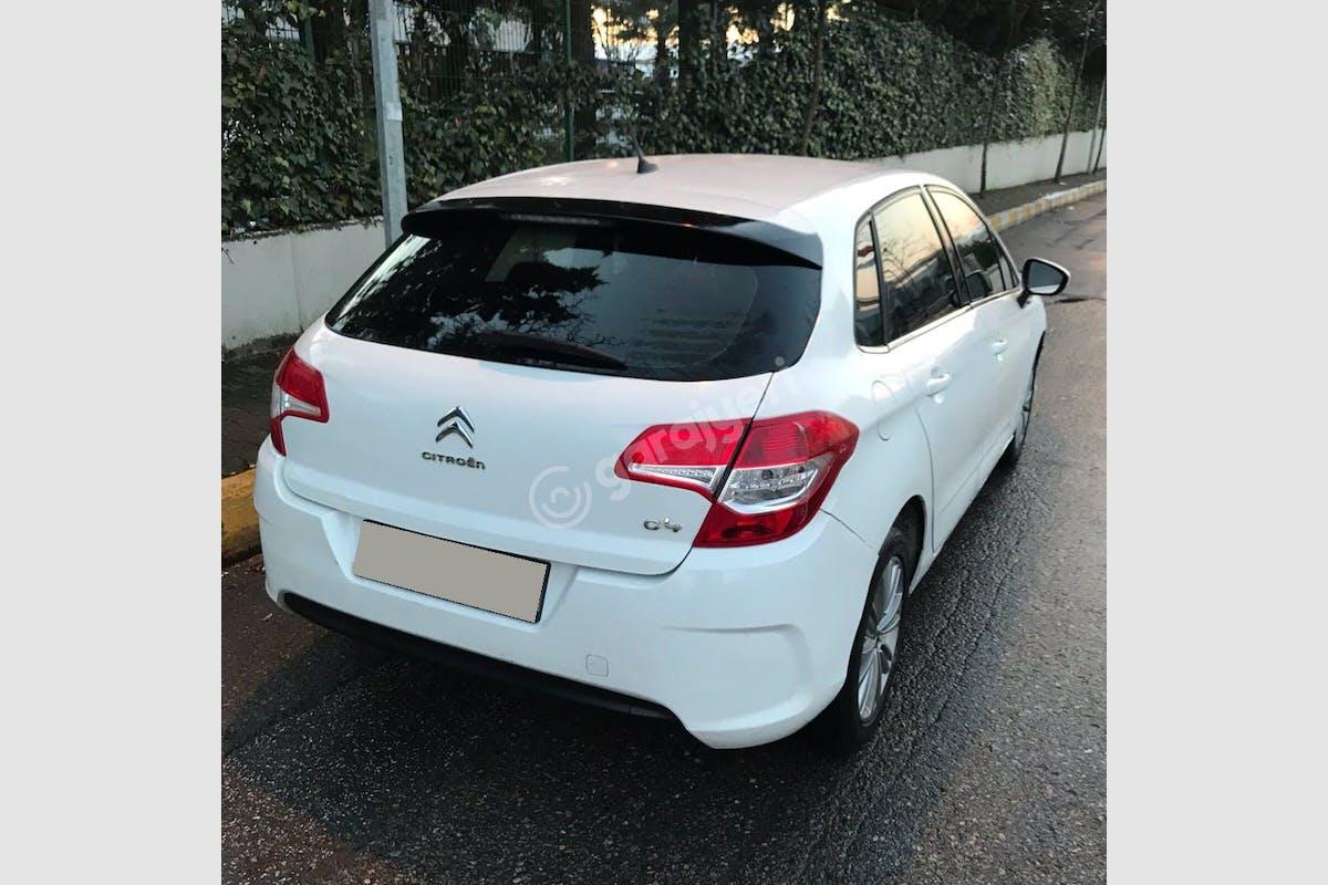 Citroën C4 Ümraniye Kiralık Araç 4. Fotoğraf