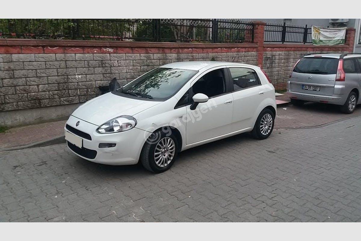 Fiat Punto Küçükçekmece Kiralık Araç 2. Fotoğraf