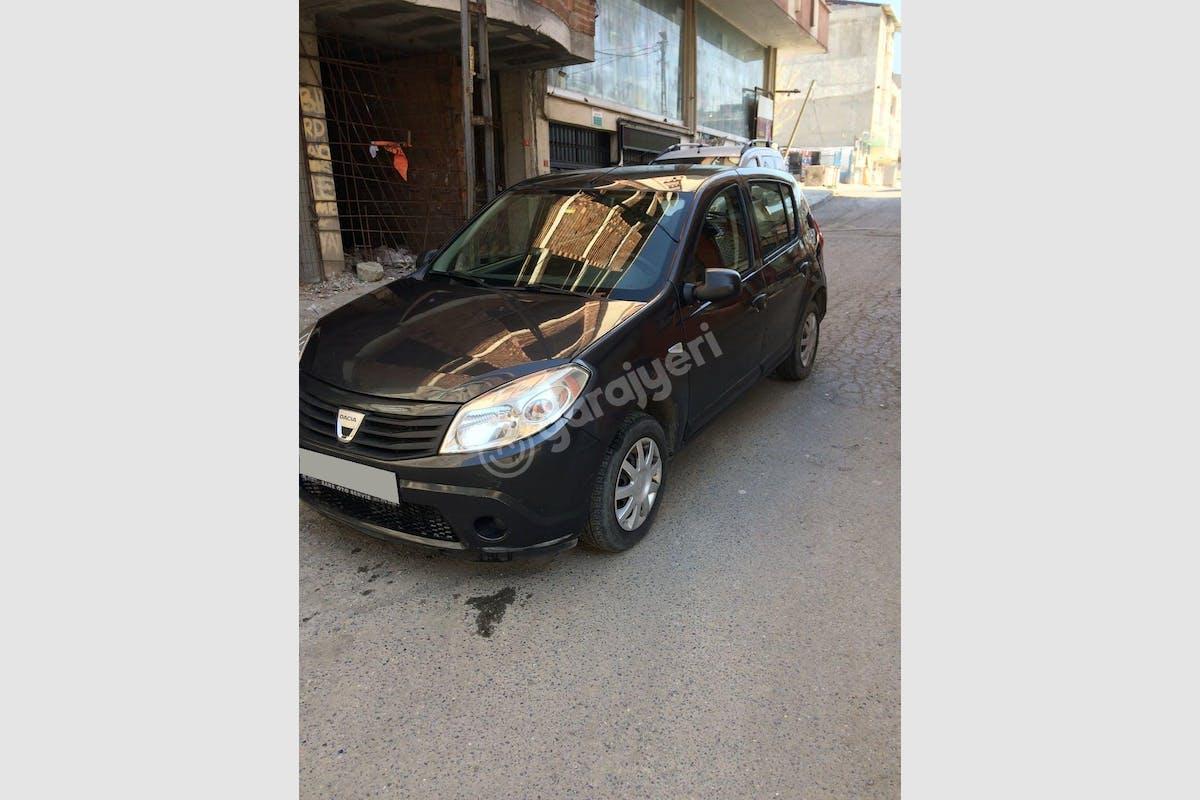 Dacia Sandero Esenyurt Kiralık Araç 1. Fotoğraf