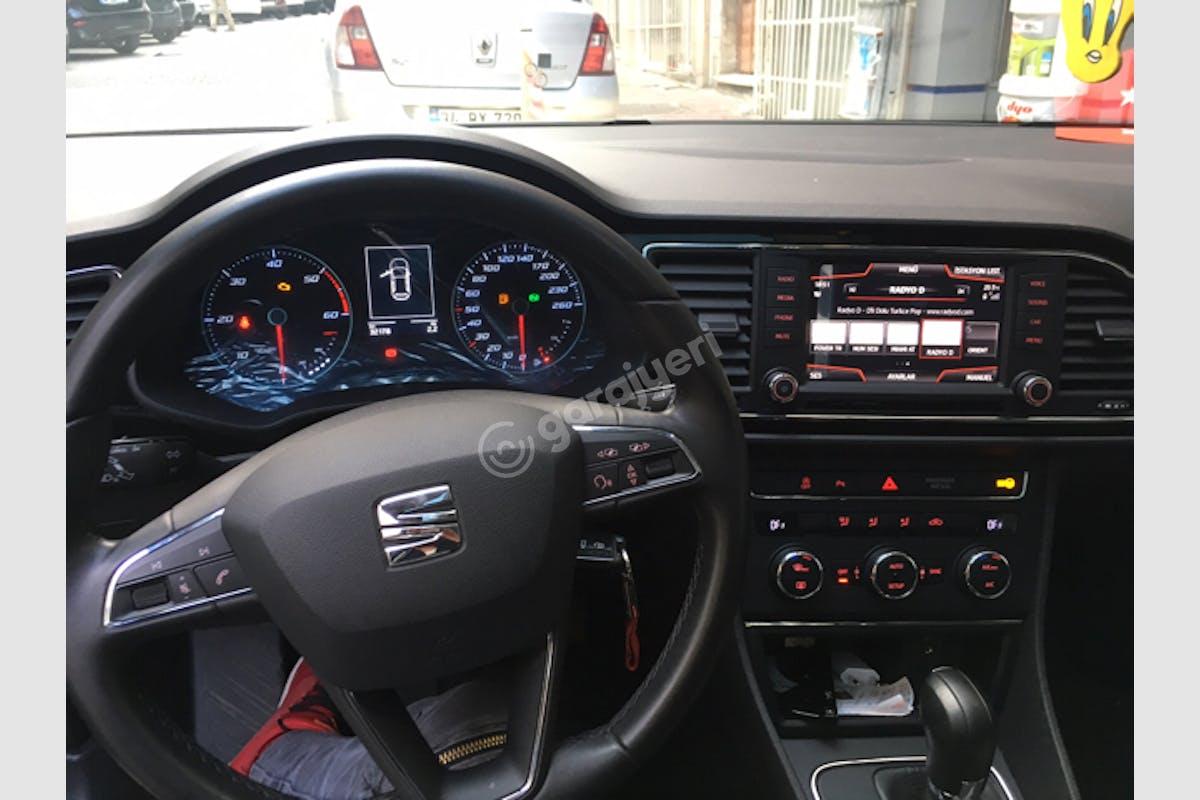 Seat Leon Fatih Kiralık Araç 2. Fotoğraf