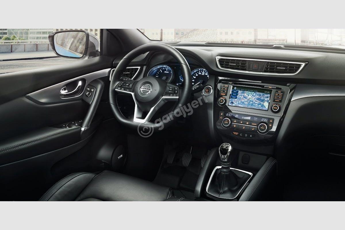 Nissan Qashqai Sarıyer Kiralık Araç 2. Fotoğraf