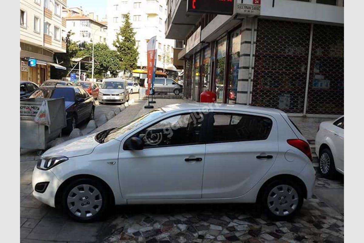 Hyundai i20 Sancaktepe Kiralık Araç 8. Fotoğraf